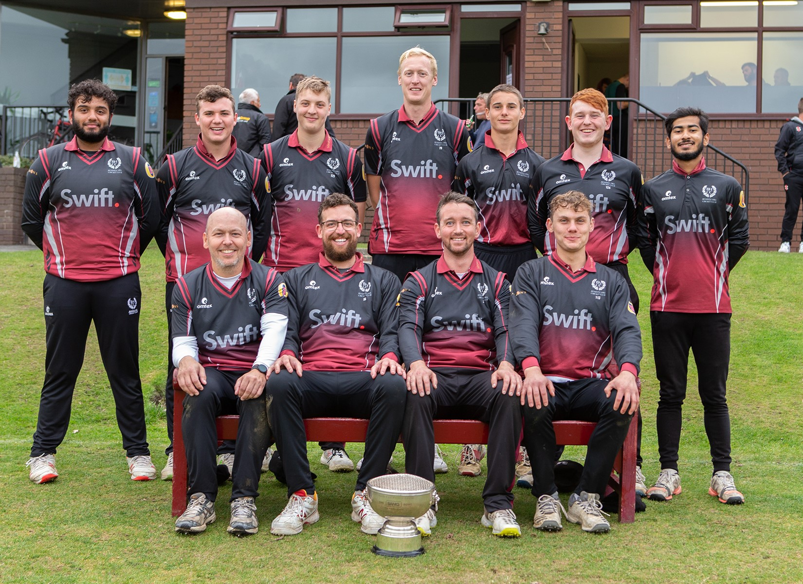 The 2nd XI win the Banks Cup against Hetton Lyons